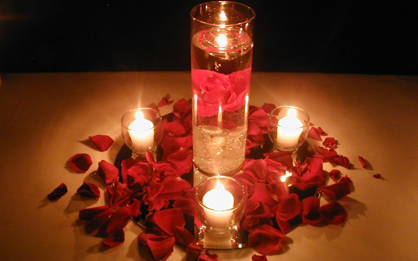 Floating Candle Wedding Centerpiece