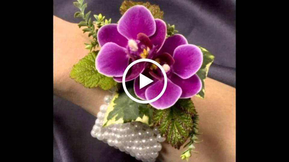 Prom flowers prom corsages 2018 blings still the thing izmirmasajfo